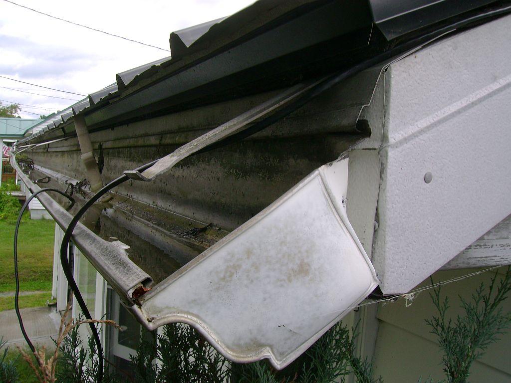 Gutter repairs that you can do yourself vonderhaar broken gutter solutioingenieria Choice Image